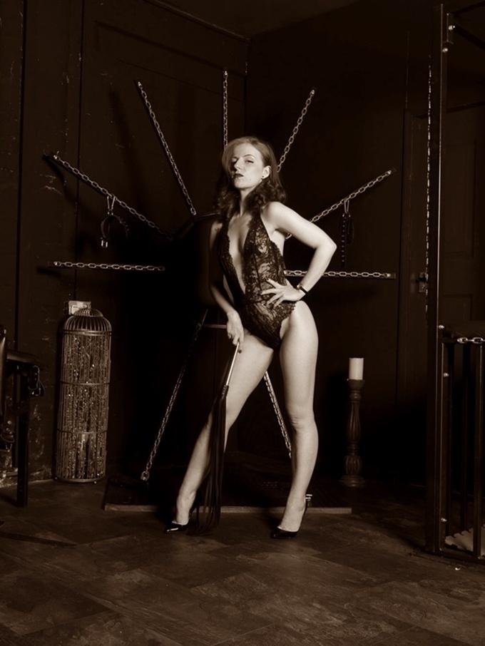 manchester mistress lola ruin gallery 2