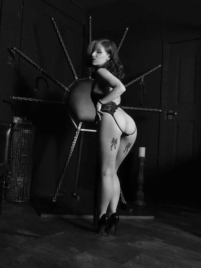manchester mistress lola ruin gallery 9