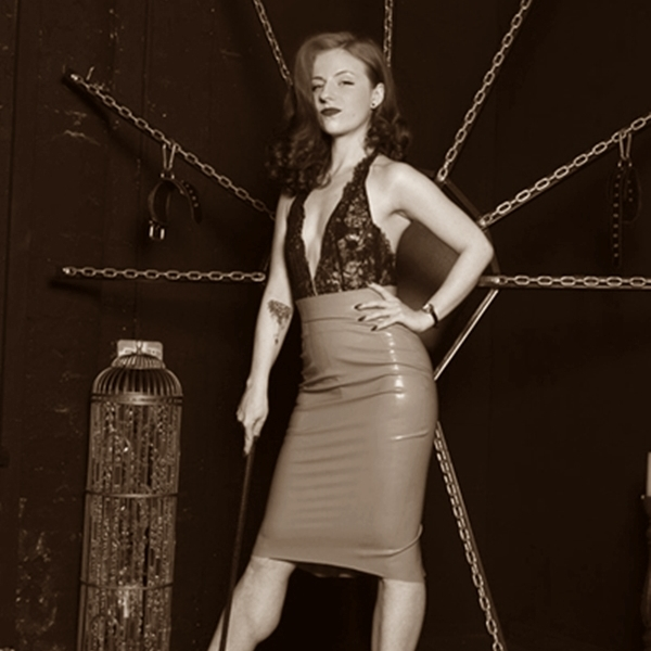Manchester Mistress Lola Ruin Extended Overnight Sessions